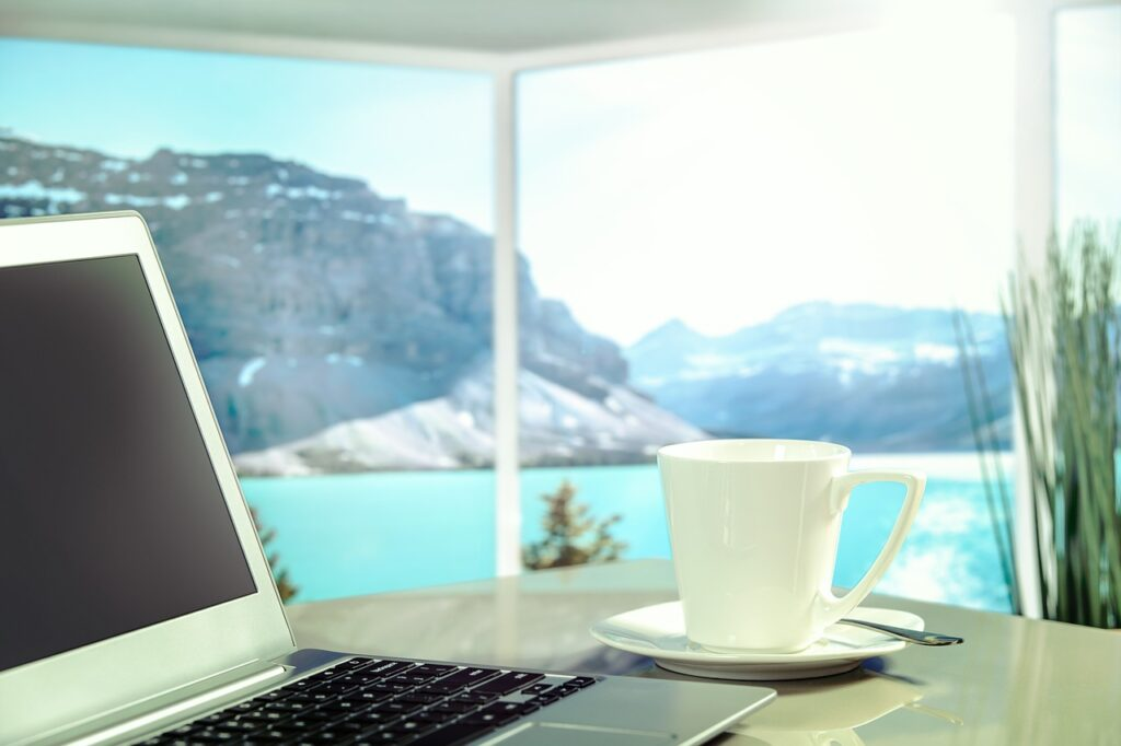 Managing-remote-work-from-home-or-anywhere-in-the-world